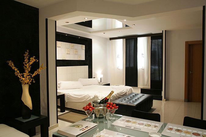 ZOUK HOTEL: Romántico y con Glamour
