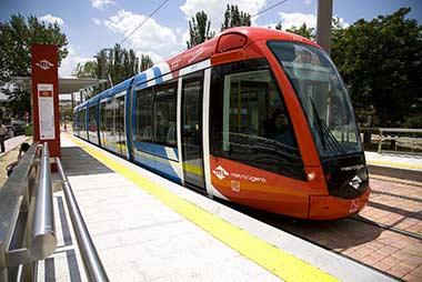 El nuevo servicio de Metro Ligero Exprés conecta Boadilla y Madrid en 19 minutos