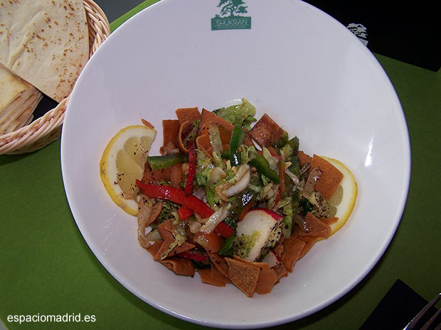 Shukran Madrid cocina mediterránea libanesa