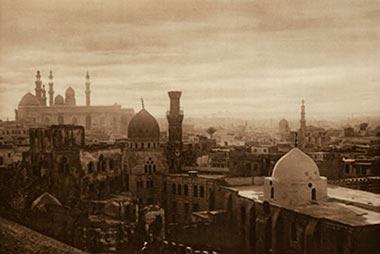 """Exposición """"Jardines de arena. Fotografía comercial en Oriente Próximo 1859-1905"""" en la Casa Árabe"""