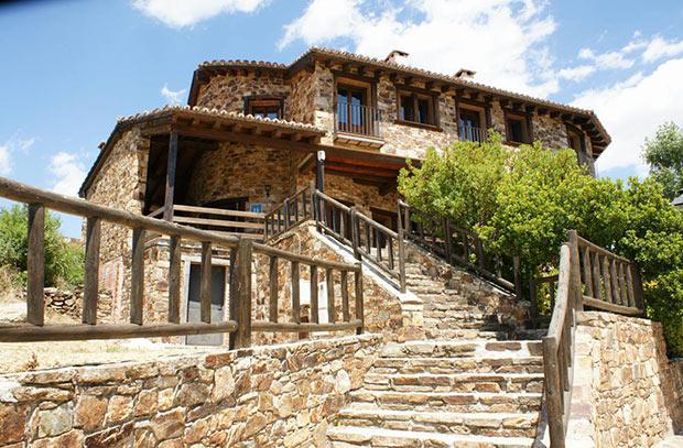 """Sorteamos una noche en el Hotel Rural """"La posada de Horcajuelo"""" de la Sierra Norte de Madrid"""