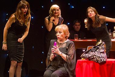 De Par en Par, obra-cabaret de humor negro en el Teatro Fígaro