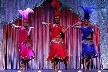 """""""Sueños de Bollywood"""" y """"Bollywood The Cabaret"""", doble espectáculo en el Teatro La Latina"""