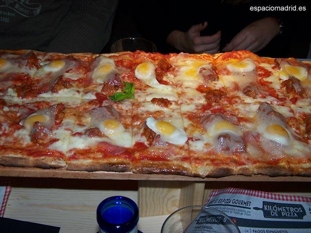 Kilómetros de Pizza, pizzas gourmet de hasta dos metros de largo
