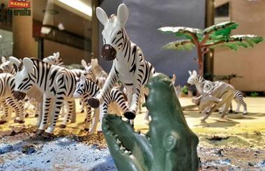 El Mercado del juguete de Madrid exhibe un Diorama homenaje a la película Hatari de John Wayne
