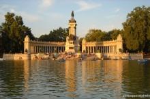 El Retiro - Monumento a Alfonso XII