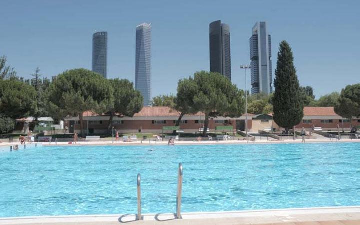 Apertura piscinas madrid 2014 del 31 de mayo al 7 de for Piscina 02 manuel becerra