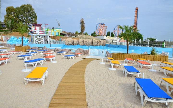 Parque Warner Beach, abre sus puertas la nueva zona acuática de Parque Warner Madrid