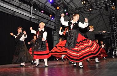 Festival Entrecasas y Fiesta de las Nacionalidades de Alcobendas 2014