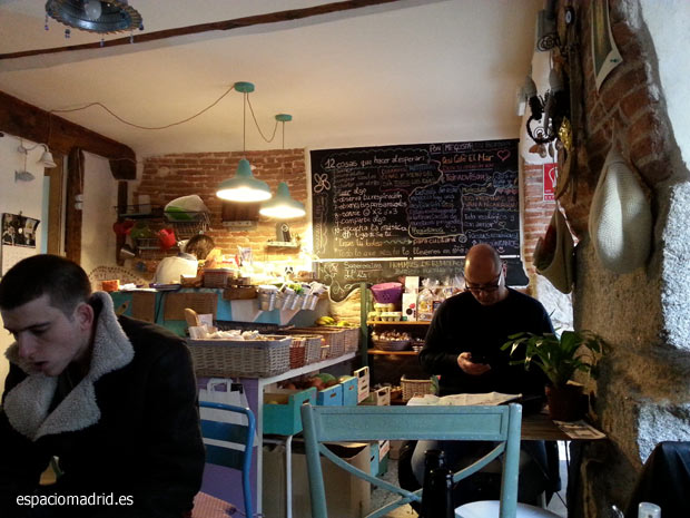 Ocsi Café El Mar, cafetería y tienda ecológica en Lavapiés