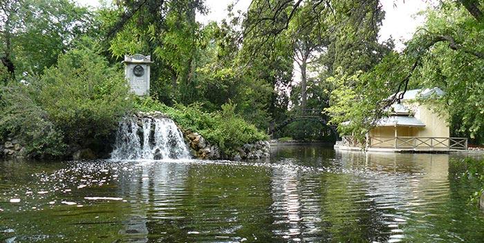 Descubriendo los jardines de madrid con las rutas guiadas for Jardines el capricho