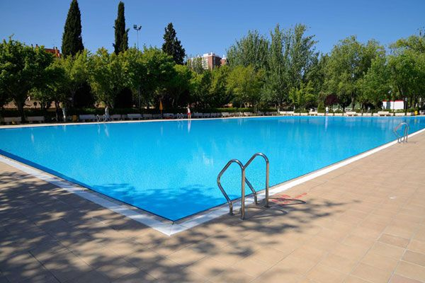 Apertura piscinas madrid 2015 del 30 de mayo al 6 de for Piscina municipal vicente del bosque
