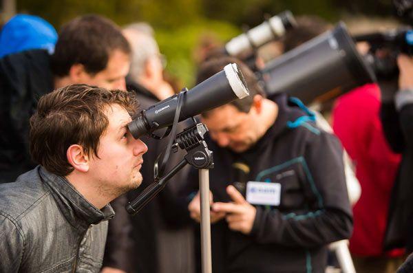 Observación-con-telescopios