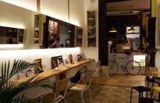 Coffee & Kicks Madrid, buen café muy cerquita de Callao