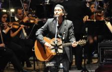Concierto Sinfónico de Los Secretos en el Teatro Monumental de Madrid
