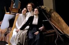 """""""TRES HERMANAS"""", una obra muy recomendable en los Teatros del Canal"""