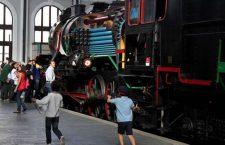 """El Museo del Ferrocarril acoge la I Feria para Familias """"Aprendemos Jugando"""""""