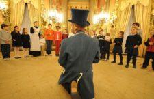 Casa América abre el Palacio de Linares para que jueguen los niños. 2016