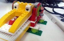 El Mercado del Juguete acoge un taller de robótica educativa con piezas de LEGO para niños