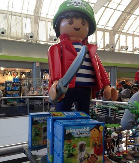 toy-market-plaza-aluche
