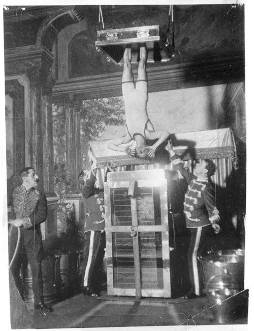 Houdini y la celda de tortura acuática
