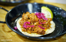 Taco de chochinita pibil