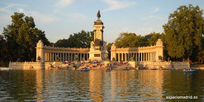 El Retiro monumento a Alfonso XII