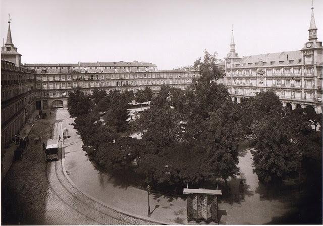Plaza Mayor de Madrid en 1895