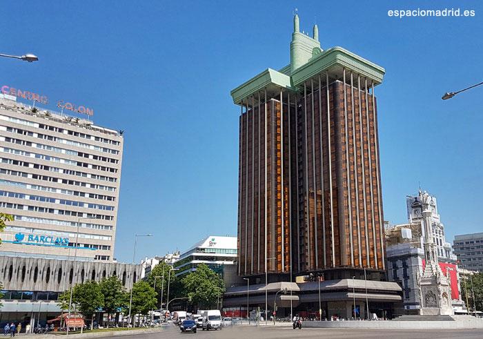 Torres Colón plaza Colón