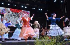 Actuación castiza en la Plaza Mayor de Madrid por las Fiestas de la Almudena 2018