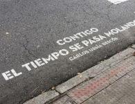 Encuentra VERSOS AL PASO en un mapa, poesía en los pasos de peatones de Madrid