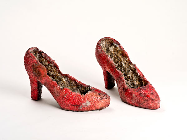 ramirez_-figueroa_naufus_props._for_erendira_.zapatos