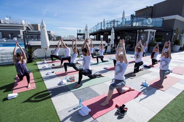 Yoga Hotel-Emperador
